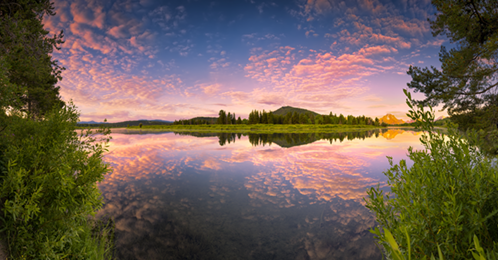 The Oxbow Bend of the Snake River in Wyoming at sunrise
