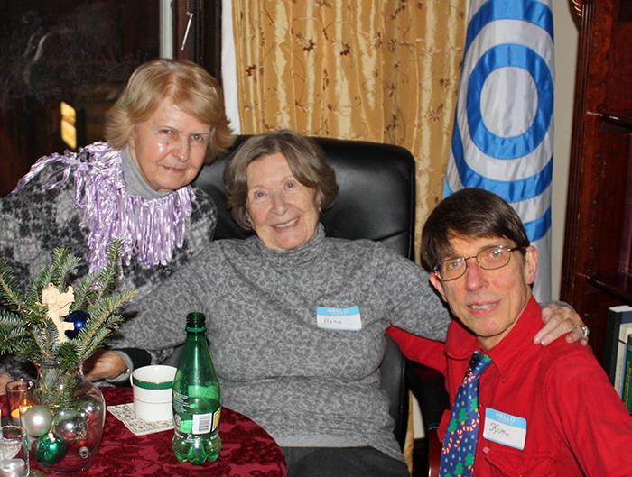 Anna Svebla, Hana Urban y Ken Keyser