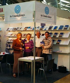 Az Urantia könyv Booth - 2011 Budapest Book Fair