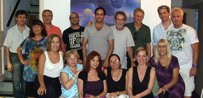 Reader gathering in the house of Carlos Rubinsky and María Inés