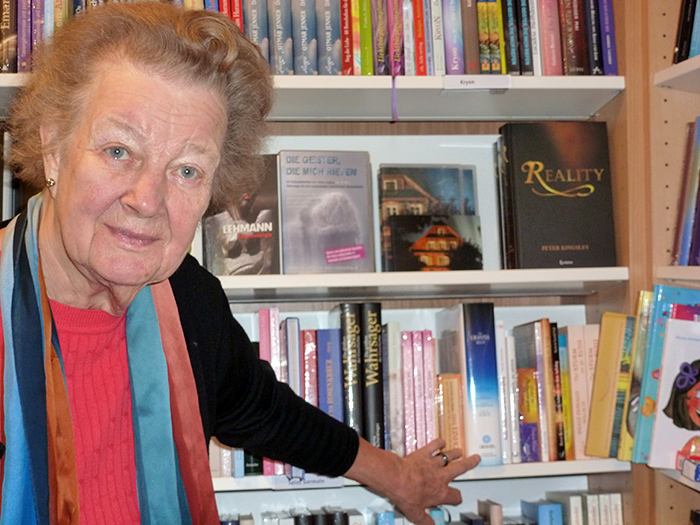 Irmeli Ivalo-Sjölie in Rombach Bookstore