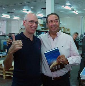 Jay Peregrine y Jesús Pérez, director de impresión de Rotabook (España)
