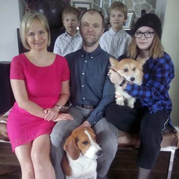 Karmo y Margit Kalda and family