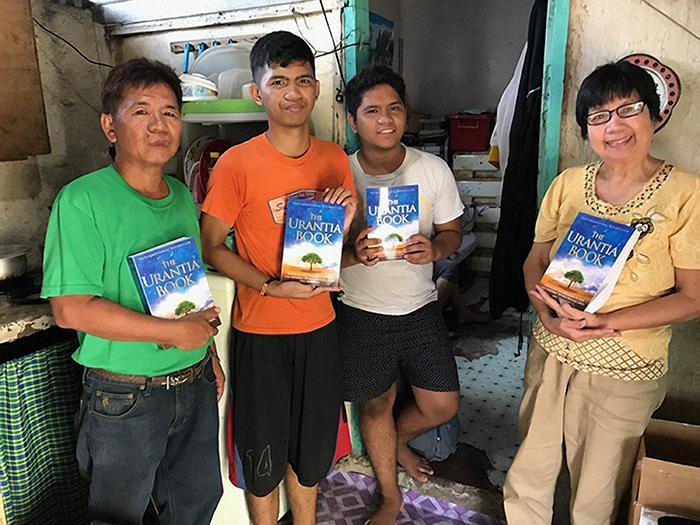 Belen Asidao with Urantia Book readers in the Phillipines
